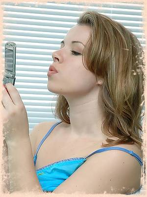 Kerie Hart loves to talk dirty on the phone