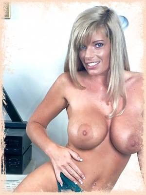 Kristal Summers showing off her massive tits