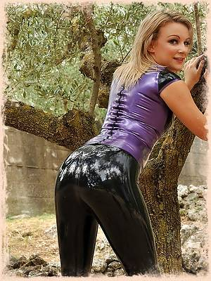 Penny L Purple Top Black Capri