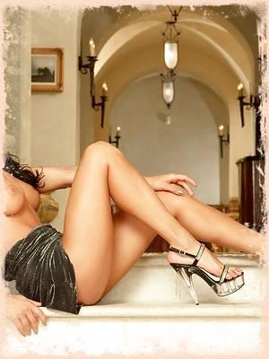 Asia Carrera busty pornstar spreads her gash