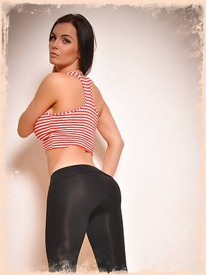 Skin Tight Glamour ; Free Sample Gallery